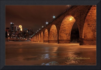 Minneapolis Stone Arch Bridge: Night