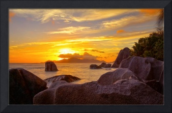 sunset on seychelles