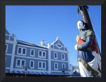 V&A Waterfront Statue