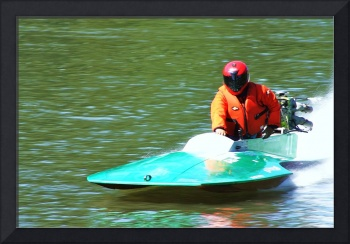 mini race boat