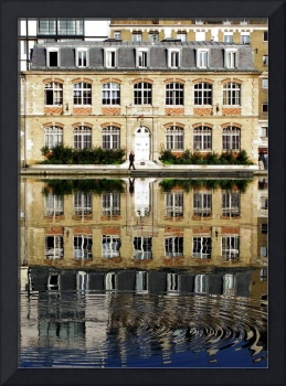 canal reflection-Paris