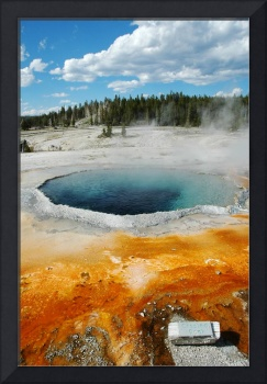 Crested pool - Yellowstone National Park
