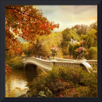 Autumn comes to Bow Bridge