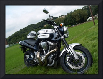 Yamaha MT 01 Super Sports Motorbike