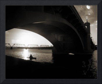 bridge_10x8_monotone