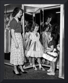 Vintage mom and daughter shopping fun