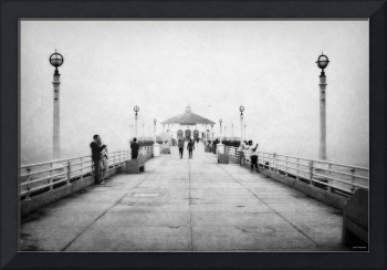Manhattan Beach Pier In Black and White