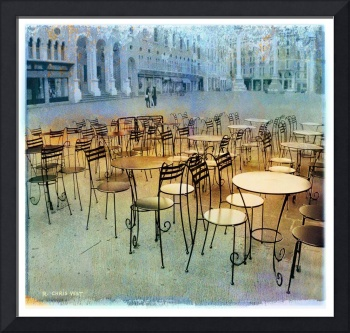lonely cafe tables / italy