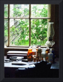 Doctor - Medicine And Hurricane Lamp