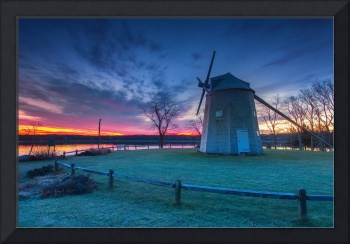 Sunrise-Over-Orleans-Windmill