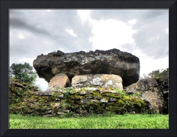 TINKINSWOOD BURIAL CHAMBER, VALE OF GLAMORGAN, SOU