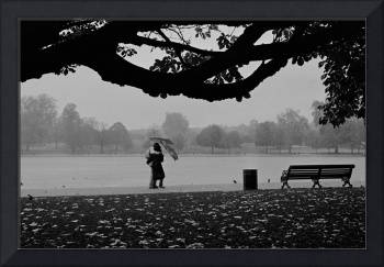 Hyde Park, Couple in the Rain, London