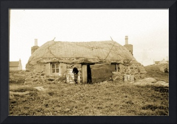 thatched cottage in the outer hebrides