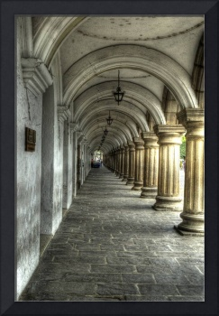 Captain's Colonnade