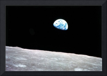 Earthrise cropped