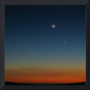 Earthlit Moon and Venus Just After Sunset