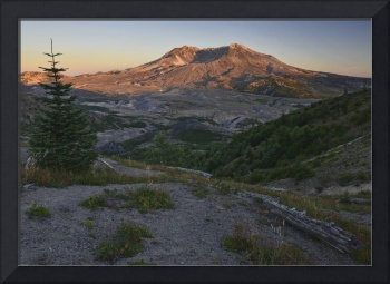 Sunset at Mount St. Helens