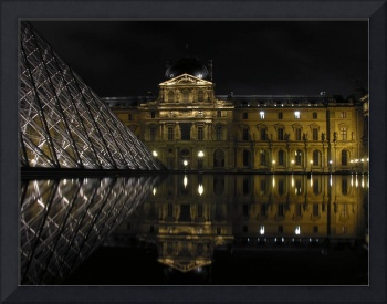 Reflet au Louvre (Reflection at the Louvre)