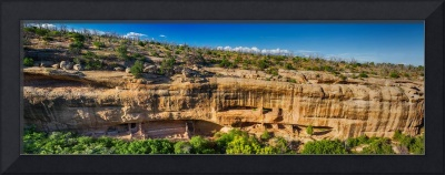 Cliff Dwelling Indian Ruins Panorama