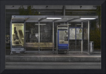 Bus Bench HDR