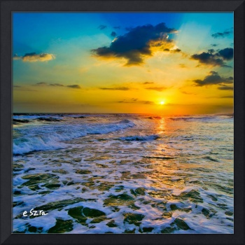 Yellow Sunset checkered Sea-Square Frame-Sun Rays