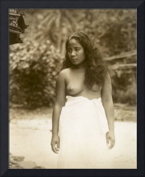 Native Girl in Pagu Pagu c1920