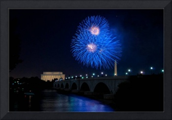 Fireworks over the Lincoln Memorial, Blue