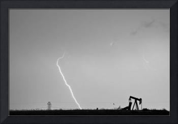 Nature - Power and Oil in Black and White