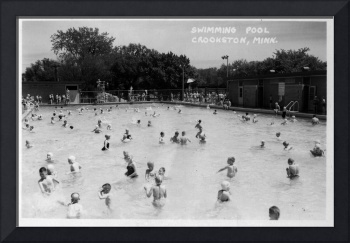 Crookston's outdoor Swimming Pool in 1960s