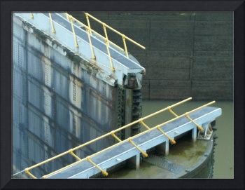 C:\fakepath\Opening of Locks at the Panama Canal