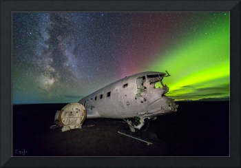 Iceland Plane Wreck with Aurora by Cody York_115A3