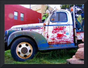 Old Victor tow truck