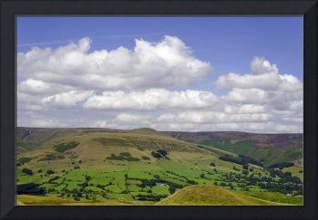 Across the Valley to Grindslow Knoll (29649-RDA)
