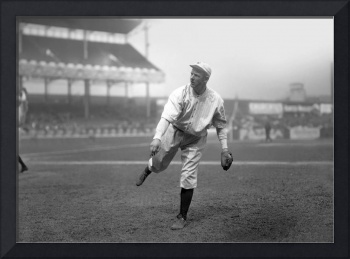 Christy Mathewson pitching