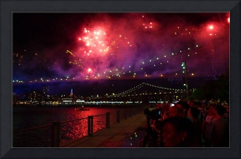 MACY'S FIREWORKS ON THE BROOKLYN BRIDGE