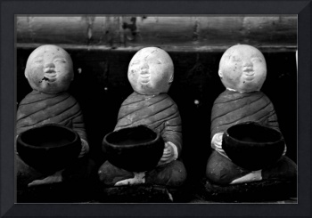 Monk statues with begging bowls (B&W)