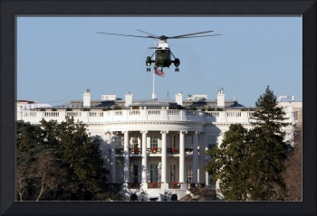 white house with Marine one washington dc