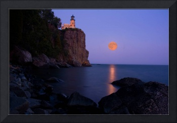 Split Rock Lighthouse - Full Moon