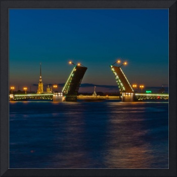 Night view of Palace Bridge, Saint Petersburg, Rus