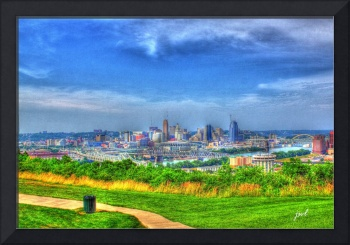 Downtown Cincinnati from Devou Park in Covington