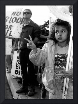 Homage, Henri Cartier-Bresson, anti-war rally