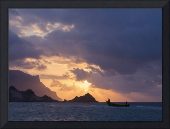 Fishing-Boat-Sunset-Socotra