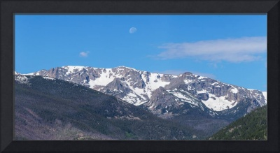Rocky Mountain Waning Gibbous Moon Set