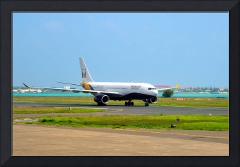 Monarch A330, G-EOMA, Landing in Male
