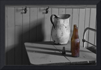 Pitcher and Bottles, Bodie