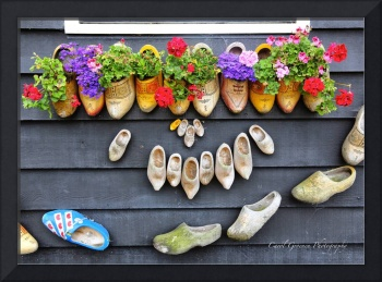 Happy Wooden Shoes