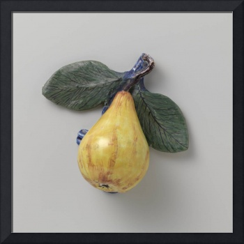 Decorative object in the shape of a pear, anonymou