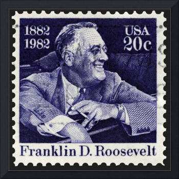 Franklin D. Roosevelt Smiling in Car Stamp