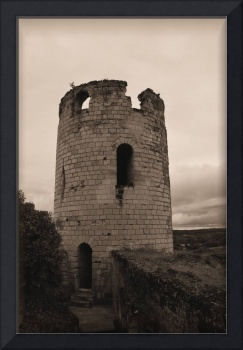 chinon tower