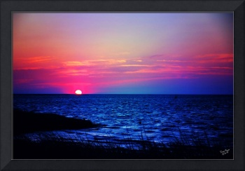 Sun sets in Gulf of Mexico
